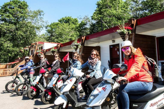 Guided scooter tour on Ile d'Orleans – Chocolate, cheese and landscapes!